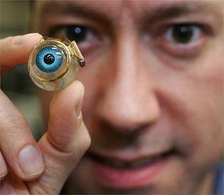 eye02 - Il primo occhio bionico