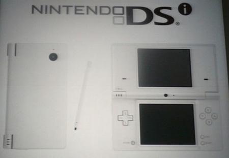 dsi2 - La Nintendo annuncia un nuovo modello di DS: il Nintendo DSi