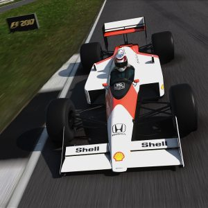 7 300x300 - Recensione F1 2017