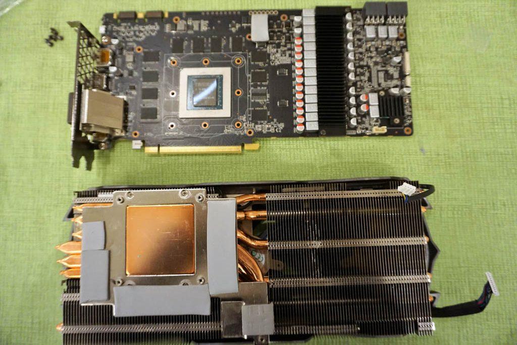 DSC00379 e1509887745367 - ZOTAC GeForce GTX 1080 Ti AMP! Extreme, recensione, analisi termica e guida all'overclock con sostituzione dei thermal pads