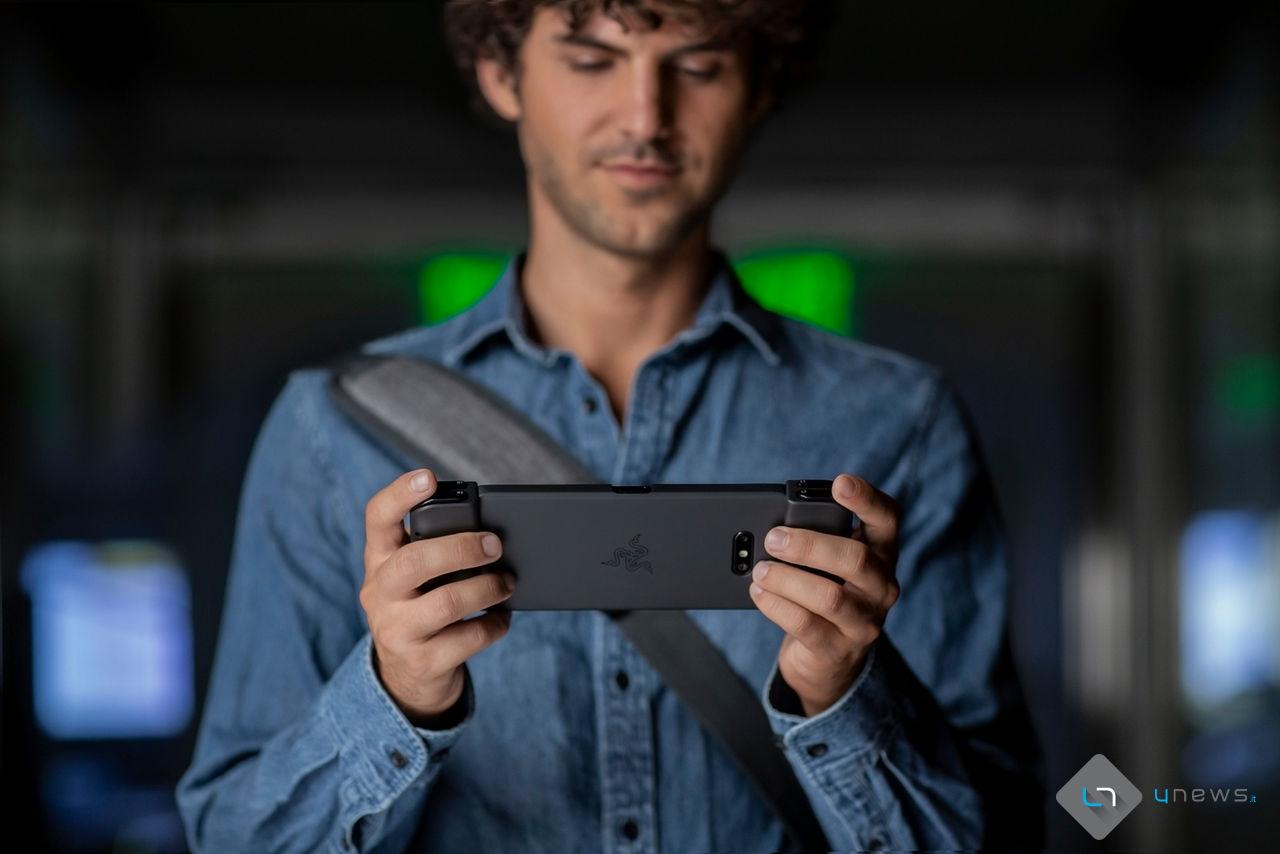 razerjunglecat - Google Stadia è ora compatibile con Razer Phone e Razer Phone 2