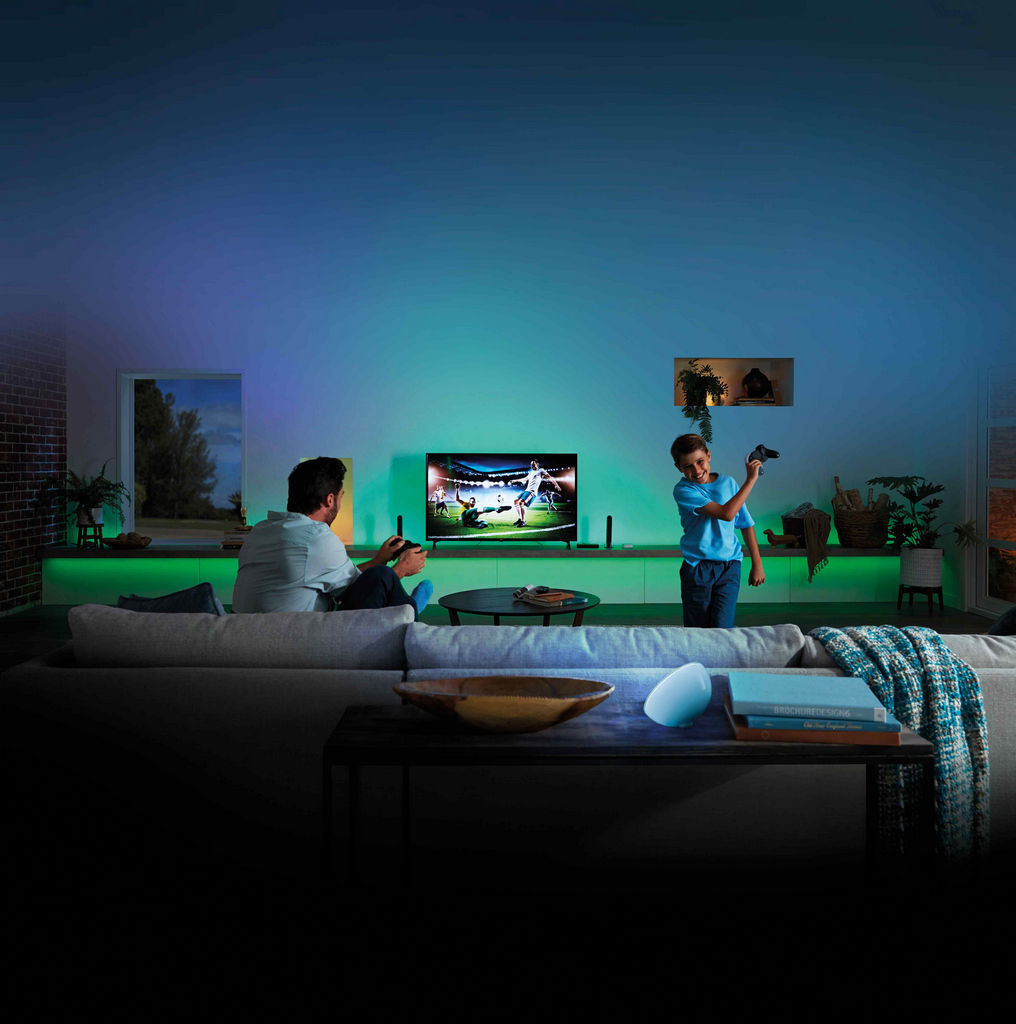 Philips Hue Play HDMI Sync Box Gaming - Philips Hue Play HDMI Sync Box, il box che sincronizza musica e film alle vostre luci HUE