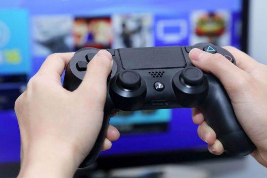 politica videogiochi speciale 528x352 - Home